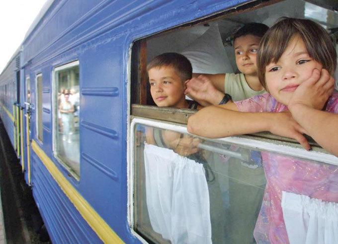 Детей в Анапу будут привозить специальные поезда