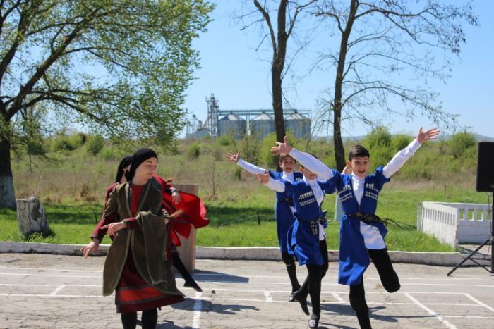 Для солдат и офицеров зенитно-ракетного дивизиона подготовили праздничный концерт в Анапе