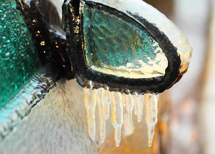 ГИБДД предупреждает: ледяной дождь в Анапе может стать причиной серьёзных ДТП
