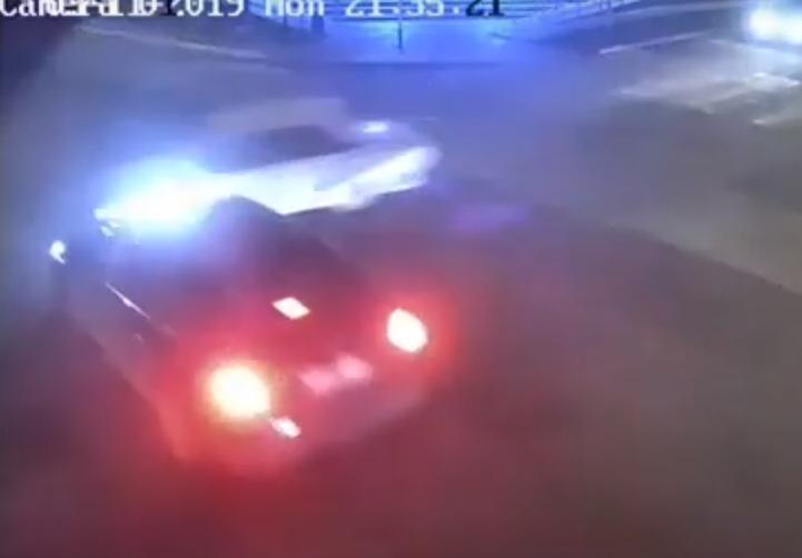 Поздно вечером в Анапе «Жигули» столкнулись с иномаркой - едва не пострадал человек