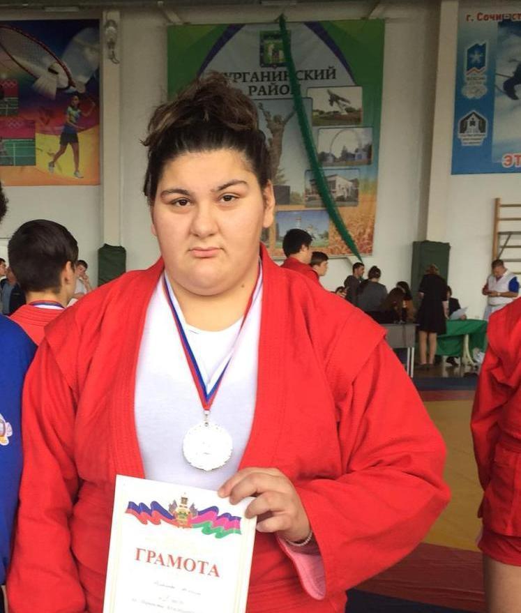 Анапчанка Ангела Асланова принесла городу 2 место на турнире по самбо