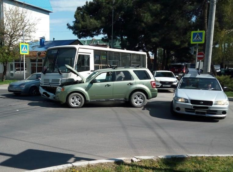 Стали известны подробности вчерашнего ДТП с автобусом в Анапе