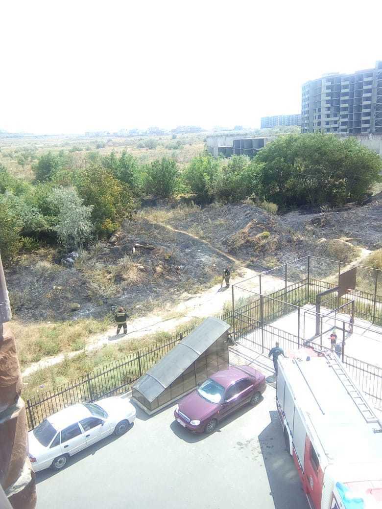 Дети взрывали петарды: прямо сейчас на улице Ленина в Анапе пожар