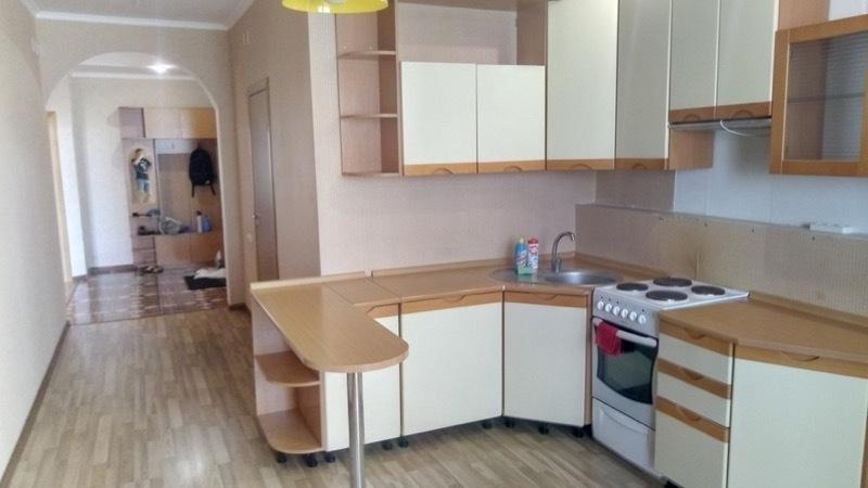 Продаётся просторная 2-комнатная квартира