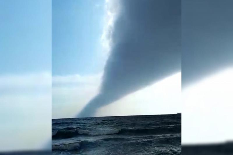 Сегодня над Чёрным морем пронесся ужасный смерч, но до Анапы не долетел: есть видео