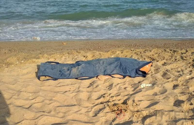 В Витязево утонул купавшийся в шторм мужчина