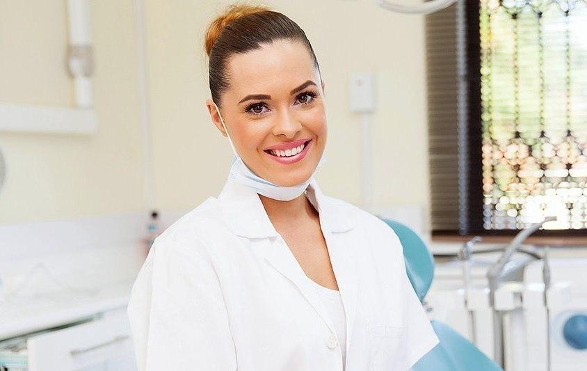 Семейная стоматология «Адмиралъ» поможет вам обрести «голливудскую» улыбку