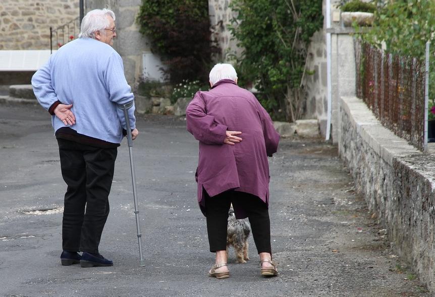 А вы знаете, чем могут заниматься бабушки на пенсии? И не только в Анапе