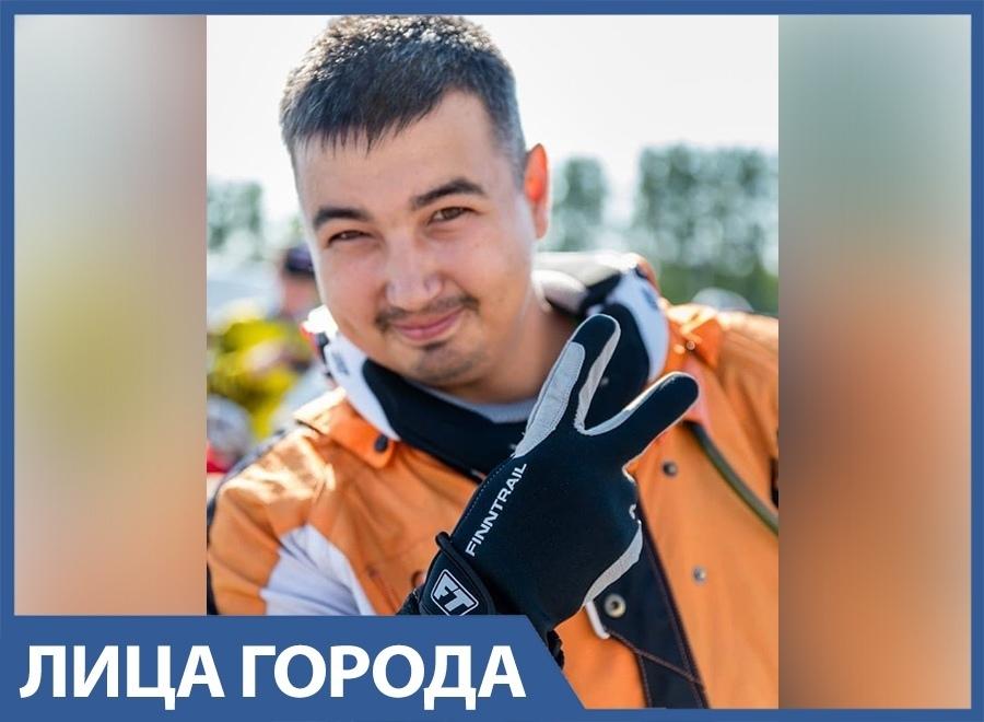 Несмотря на операцию, мотоциклист из Анапы Адель Балицкий продолжает давить на газ