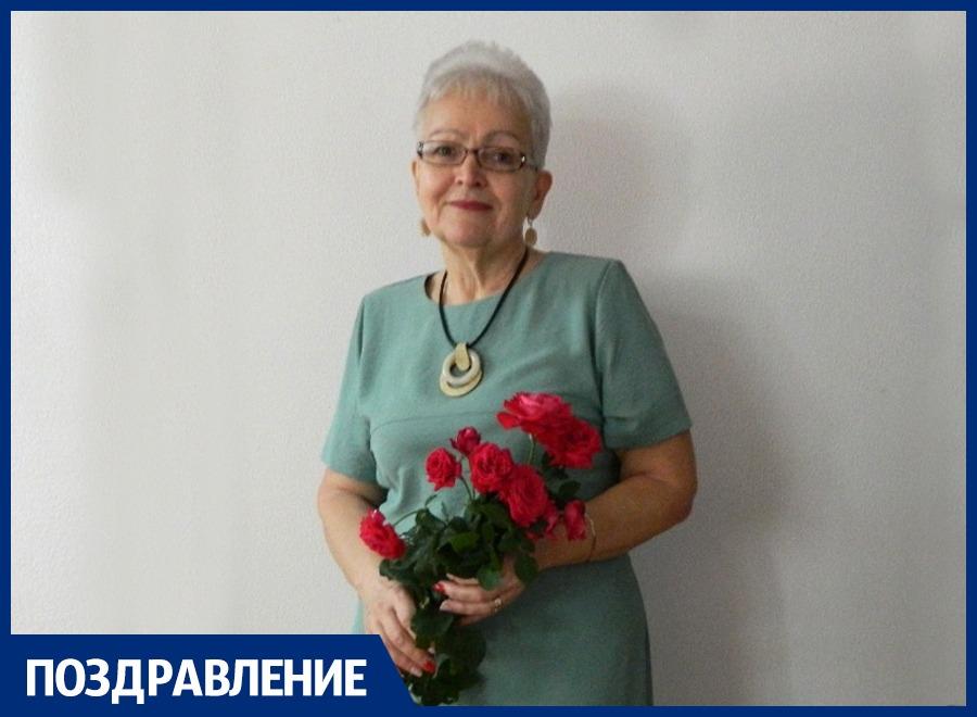 Елену Самойлову поздравляем с Днем рождения!