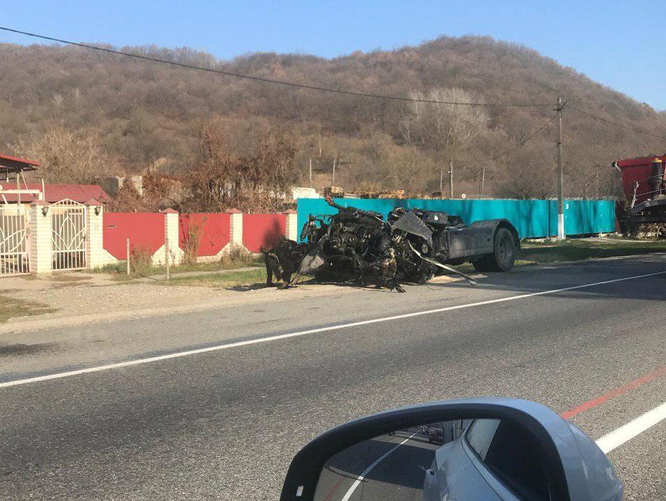 16 ноября страшная авария произошла недалеко от Анапы. Есть видео