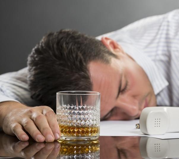 Анапчан будут увольнять за пьянство на работе
