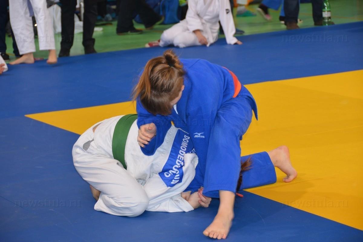 Анапчане Олег Соляник и Елизавета Матвеева изо всех сил боролись на турнире по дзюдо в Геленджике