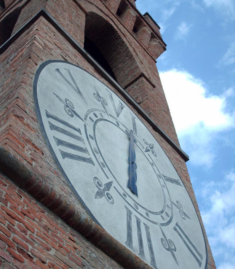 История Анапы: 78 лет назад в станице Гостагаевская установили большие башенные часы