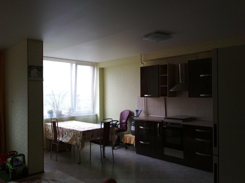 Продаётся большая и светлая квартира