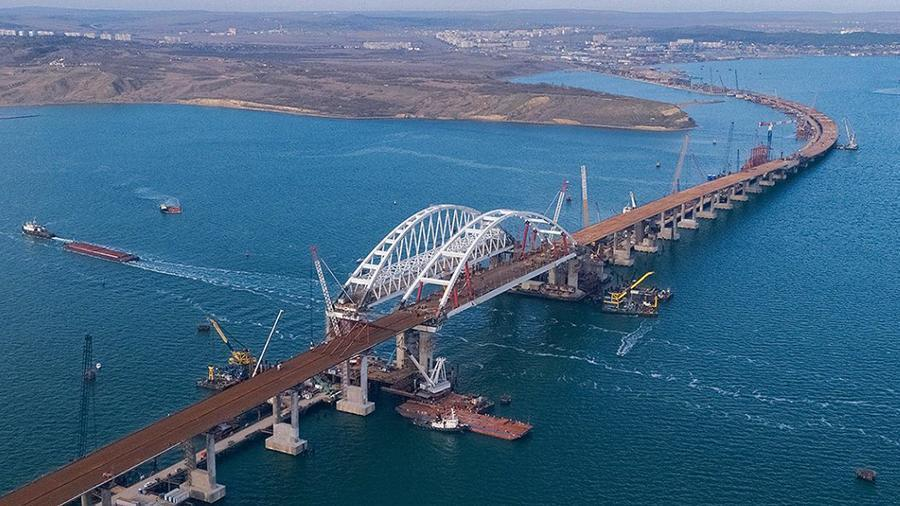 Опубликована фотография готового участка Крымского моста с высоты птичьего полета