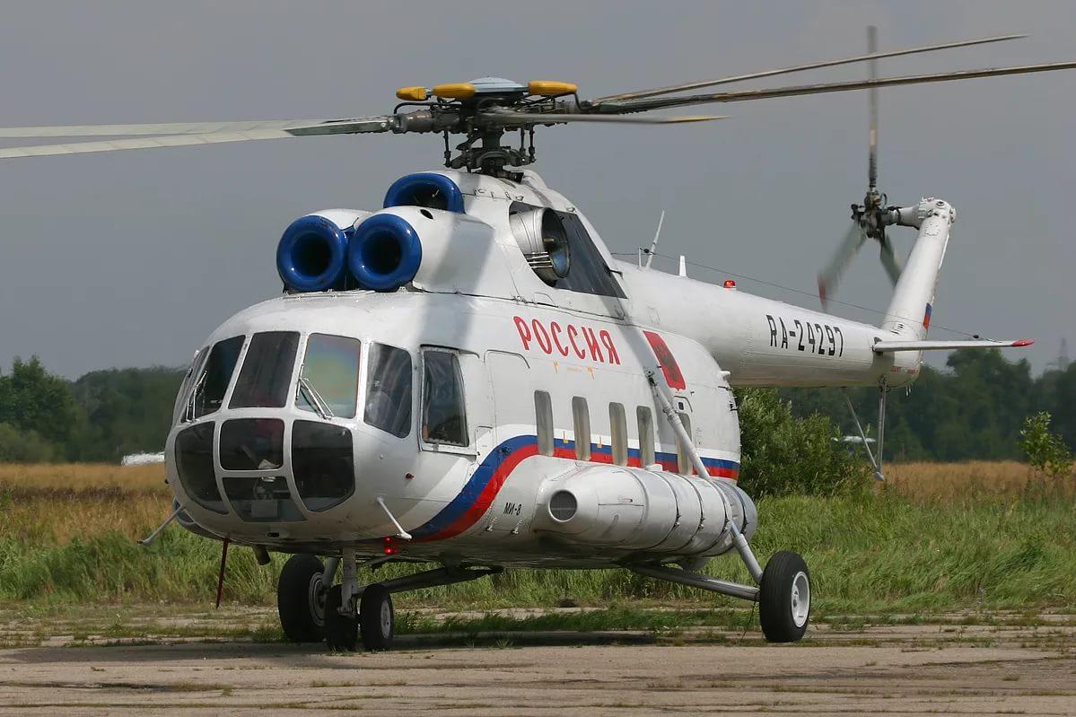 Пилот попал под лопасти вертолета в аэропорту Анапы