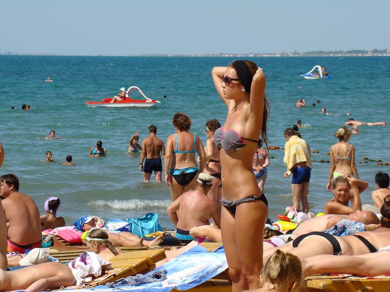В Анапе пик курортного сезона, а вода в море не нагревается